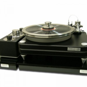 Cloud 12S platform, shown with the VPI Scout turntable