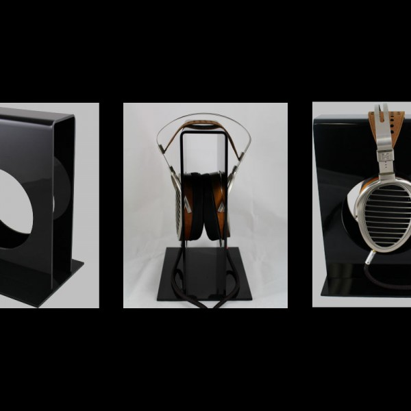 Headphone stand in black finish, shown with HifiMan HE1000 and upgraded Danacable
