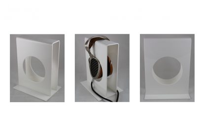Headphone stand in white finish, shown with HifiMan HE1000 and upgraded Danacable